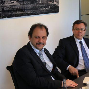 US Generalkonsul Hubler zu Gast bei SiegRevision