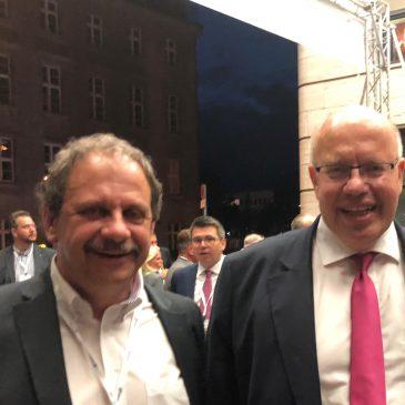 Buiness meets Politic – Unser Partner Jörg Müller im lockeren Fachgespräch mit Bundeswirtschaftsminister Peter Altmaier in Berlin